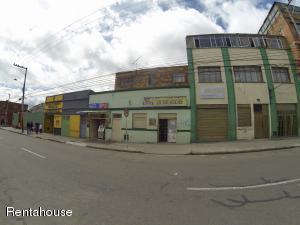 Casa En Ventaen Bogota, 20 De Julio, Colombia, CO RAH: 18-332