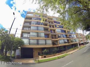Apartamento En Arriendoen Bogota, Country Club, Colombia, CO RAH: 18-337