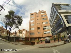 Apartamento En Arriendoen Bogota, La Carolina, Colombia, CO RAH: 18-339