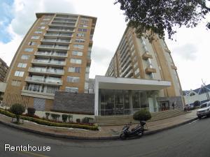 Apartamento En Ventaen Bogota, Colina Campestre, Colombia, CO RAH: 18-375