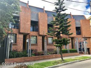 Apartamento En Ventaen Bogota, Santa Ana Occidental, Colombia, CO RAH: 18-384