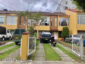 Casa En Ventaen Bogota, La Campina Suba, Colombia, CO RAH: 18-383
