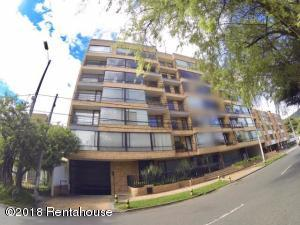 Apartamento En Arriendoen Bogota, Country Club, Colombia, CO RAH: 18-337