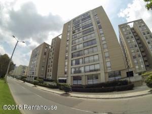 Apartamento En Ventaen Bogota, Cedritos, Colombia, CO RAH: 18-399