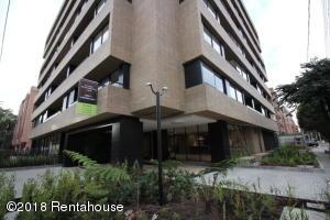 Apartamento En Ventaen Bogota, La Carolina, Colombia, CO RAH: 18-403