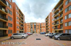 Apartamento En Arriendoen Madrid, Hacienda Casablanca, Colombia, CO RAH: 18-402