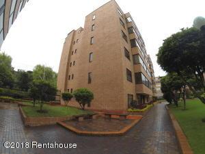 Apartamento En Ventaen Bogota, La Carolina, Colombia, CO RAH: 18-412