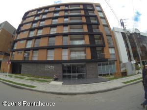 Apartamento En Ventaen Bogota, Chico Navarra, Colombia, CO RAH: 18-413