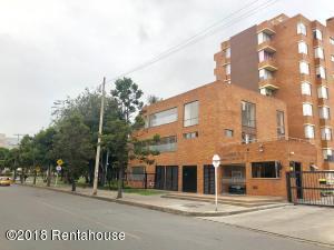 Apartamento En Ventaen Bogota, Mazuren, Colombia, CO RAH: 18-415