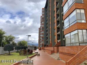 Apartamento En Ventaen Bogota, La Alameda, Colombia, CO RAH: 18-432