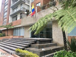 Apartamento En Ventaen Bogota, Los Cedros Oriental, Colombia, CO RAH: 18-420