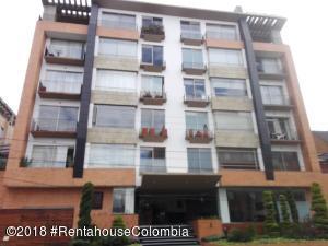 Apartamento En Ventaen Bogota, Chico Navarra, Colombia, CO RAH: 18-443