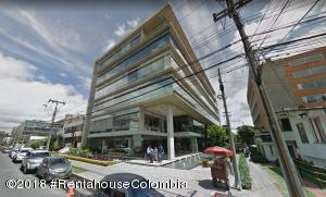 Oficina En Ventaen Bogota, Chico, Colombia, CO RAH: 18-368