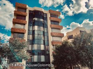 Apartamento En Arriendoen Bogota, Belmira, Colombia, CO RAH: 18-543