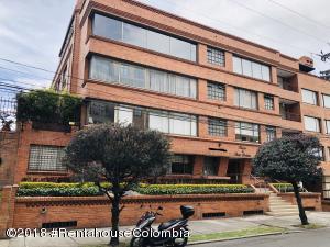 Apartamento En Ventaen Bogota, Santa Barbara Occidental, Colombia, CO RAH: 18-507