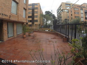 Apartamento En Ventaen Bogota, La Carolina, Colombia, CO RAH: 18-554