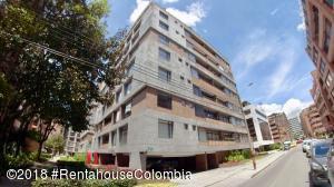 Apartamento En Ventaen Bogota, Chico, Colombia, CO RAH: 18-580