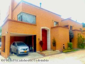 Casa En Ventaen Bogota, San Jose De Bavaria, Colombia, CO RAH: 18-588