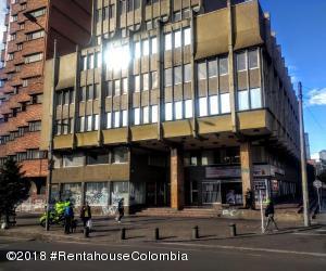 Local Comercial En Ventaen Bogota, Las Nieves, Colombia, CO RAH: 18-600