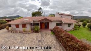 Casa En Ventaen La Calera, Vereda San Jose, Colombia, CO RAH: 18-538