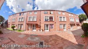 Casa En Ventaen Bogota, Suba Urbano, Colombia, CO RAH: 18-606