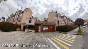 Casa En En Bogota, Parque Los Lagartos, Colombia, CO RAH: 18-607