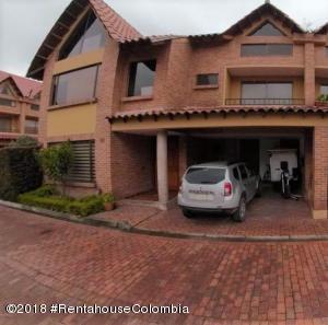 Casa En Ventaen Chia, Sabana Centro, Colombia, CO RAH: 18-381
