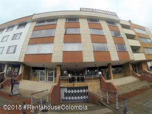 Apartamento En Ventaen Bogota, Santa Bárbara, Colombia, CO RAH: 18-624
