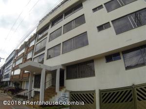 Apartamento En En Bogota, Santa Barbara Central, Colombia, CO RAH: 18-629