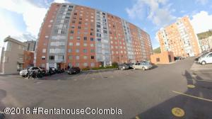 Apartamento En Ventaen Bogota, Canaima, Colombia, CO RAH: 18-636