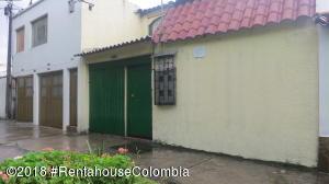 Casa En Ventaen Bogota, Cedritos, Colombia, CO RAH: 18-638