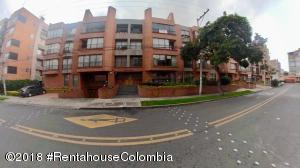 Apartamento En Ventaen Bogota, Chico Navarra, Colombia, CO RAH: 18-471