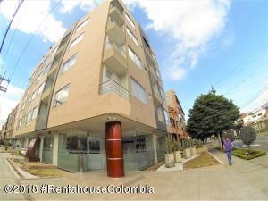 Apartamento En Ventaen Bogota, Nueva Autopista, Colombia, CO RAH: 18-658