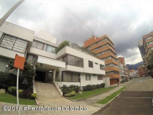 Apartamento En Ventaen Bogota, Chico, Colombia, CO RAH: 18-661