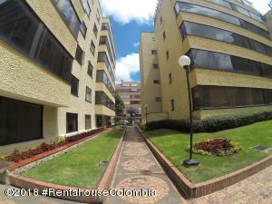 Apartamento En Ventaen Bogota, Santa Bárbara, Colombia, CO RAH: 18-662