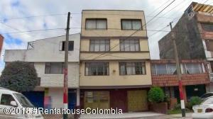 Casa En Ventaen Bogota, San Rafael Puente Aranda, Colombia, CO RAH: 18-664