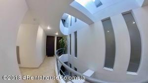 Apartamento En Ventaen Bogota, Cedritos, Colombia, CO RAH: 18-681