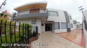 Casa En Ventaen Bogota, Pontevedra, Colombia, CO RAH: 18-698