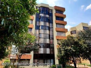 Apartamento En Arriendoen Bogota, Belmira, Colombia, CO RAH: 18-705