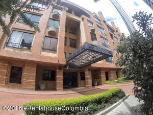 Apartamento En Ventaen Bogota, Chico Norte, Colombia, CO RAH: 18-718