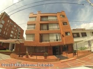 Apartamento En Ventaen Bogota, San Patricio, Colombia, CO RAH: 18-721