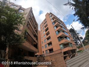 Apartamento En Ventaen Bogota, Los Rosales, Colombia, CO RAH: 18-726