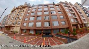 Apartamento En Ventaen Bogota, Cedritos, Colombia, CO RAH: 18-728