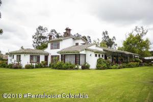 Casa En Ventaen Chia, Vereda Fonqueta, Colombia, CO RAH: 18-768