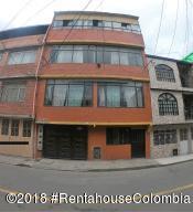 Edificio En Ventaen Bogota, Alqueria La Fragua, Colombia, CO RAH: 18-770