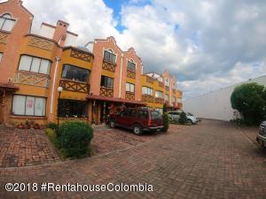 Casa En Ventaen Chia, Sabana Centro, Colombia, CO RAH: 18-788