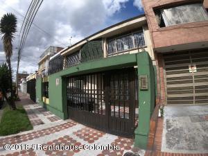 Casa En Ventaen Bogota, Quinta Paredes, Colombia, CO RAH: 19-68