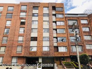 Apartamento En Arriendoen Bogota, Rincón Del Chicó, Colombia, CO RAH: 19-2