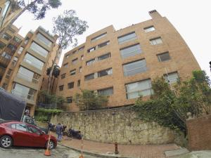 Apartamento En Arriendoen Bogota, Los Rosales, Colombia, CO RAH: 19-10