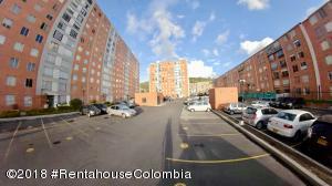 Apartamento En Ventaen Bogota, Canaima, Colombia, CO RAH: 19-18